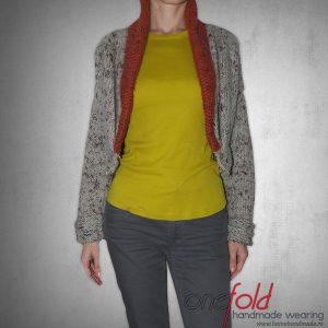 jacheta calduroasa din lana